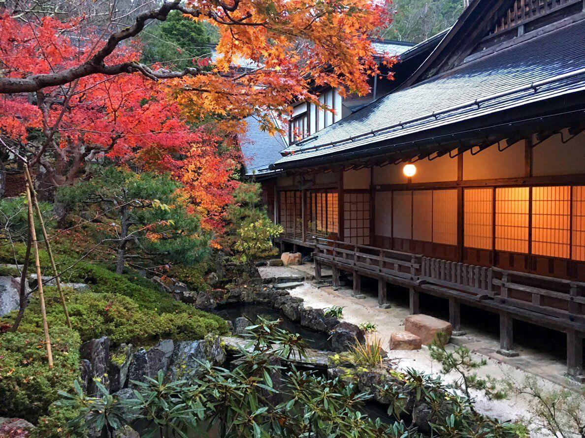mastrokimono-Monte Koya - Shukubo Giardino interno2