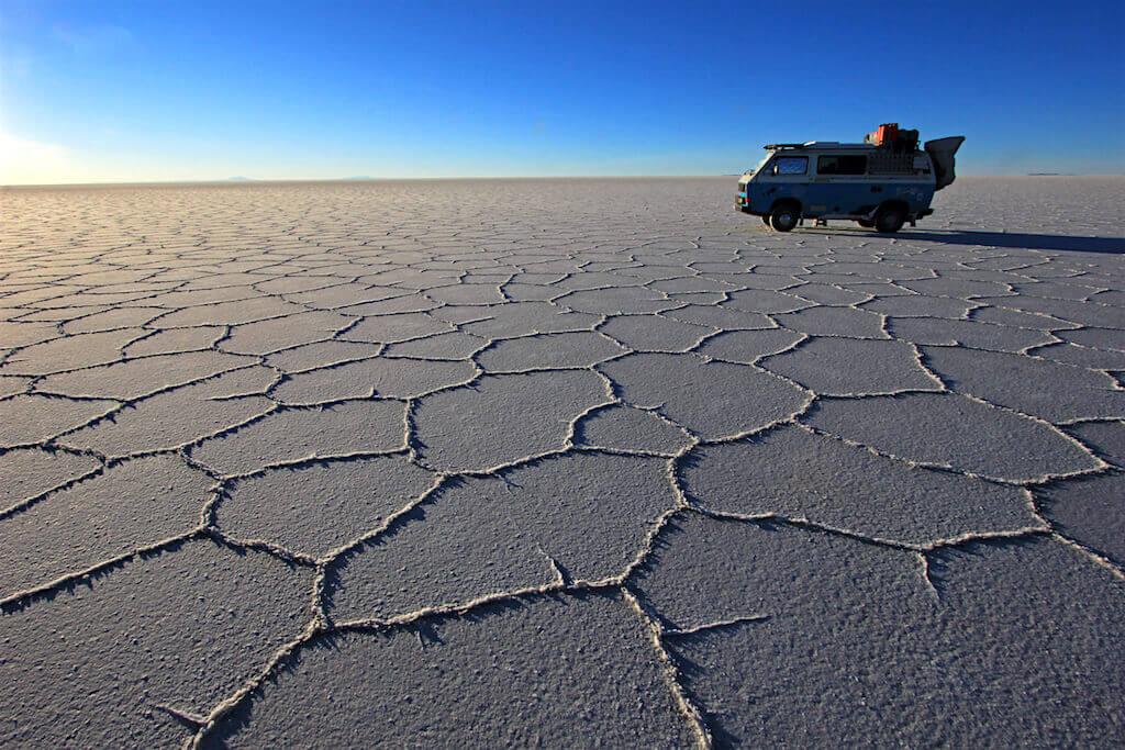 Mastroviaggiatore-bolivia-Salar-de Uyuni-van