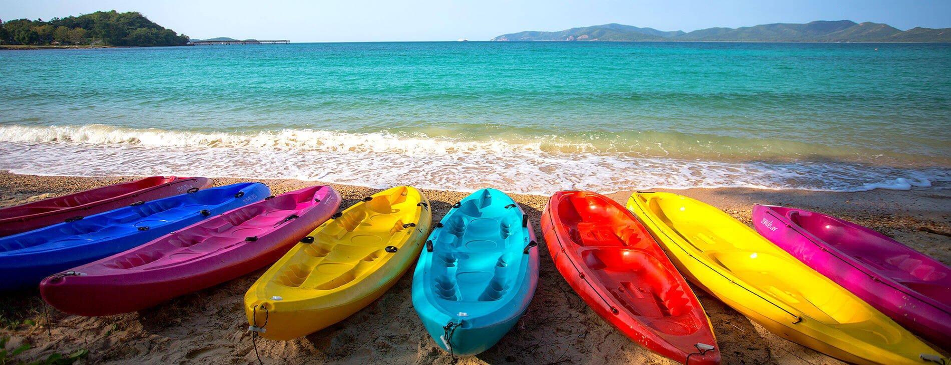 Mastropatagonico-ElSalvador-kayak-spiaggia