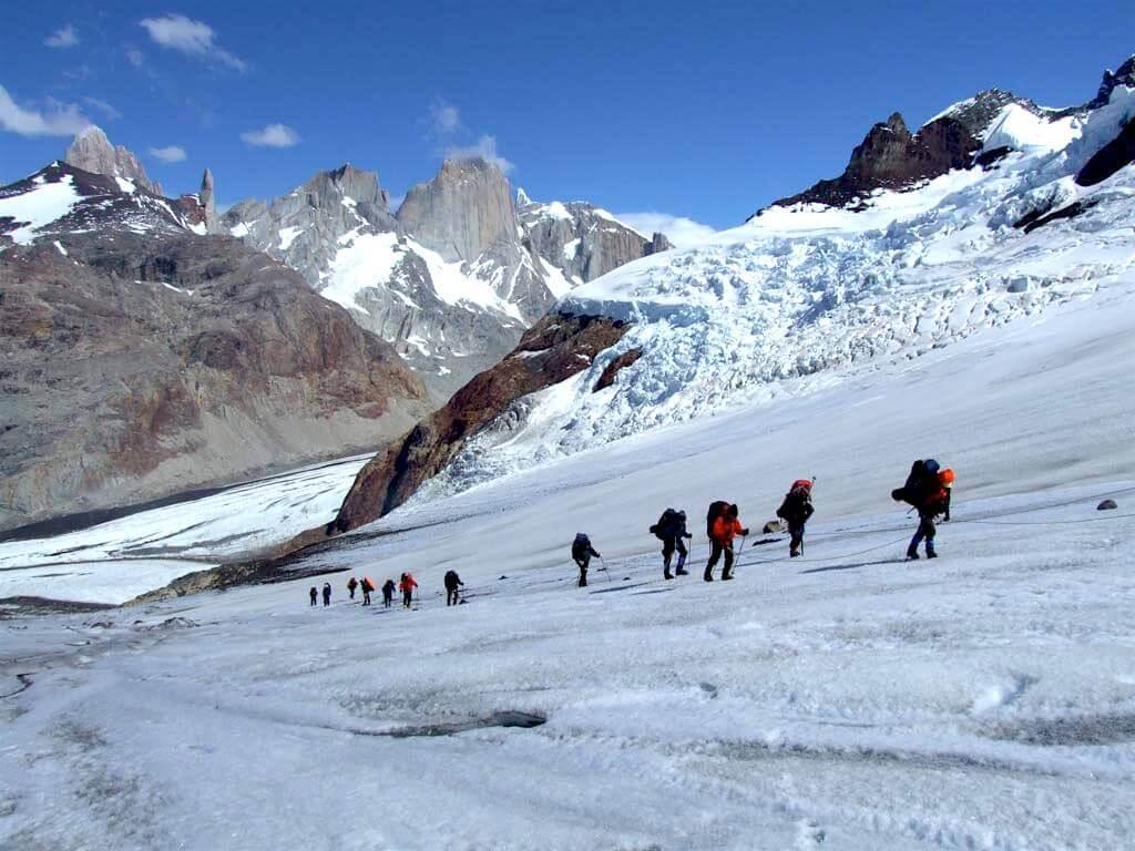 MastroPatagonico-trekking-CerroTorre-Hielo