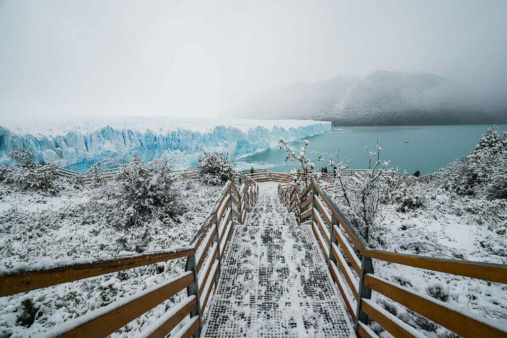 Mastroviaggiatore-PatagoniaInvernoAustrale-perito-moreno-pedane-inverno