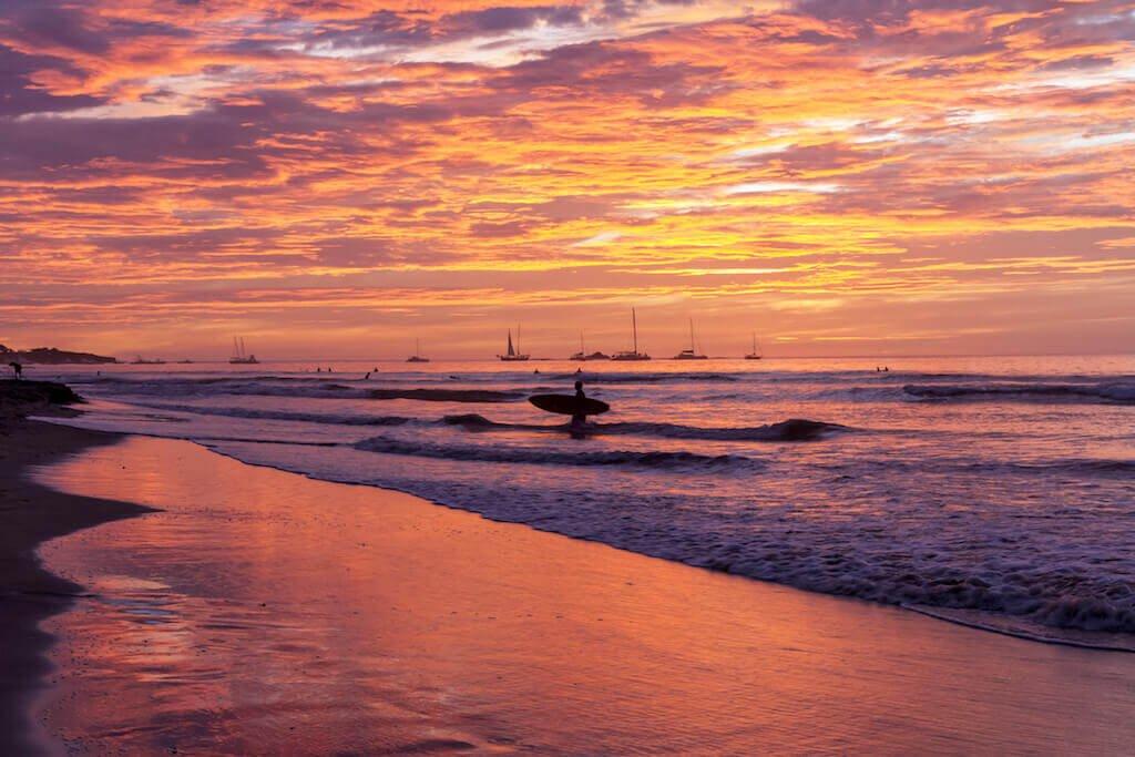 mastroviaggiatore-patagonico-costa-rica-PlayaTamarindoSunset