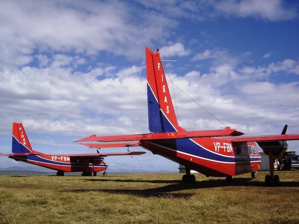 Mastro-patagonico-aircraft-pista-Pebble