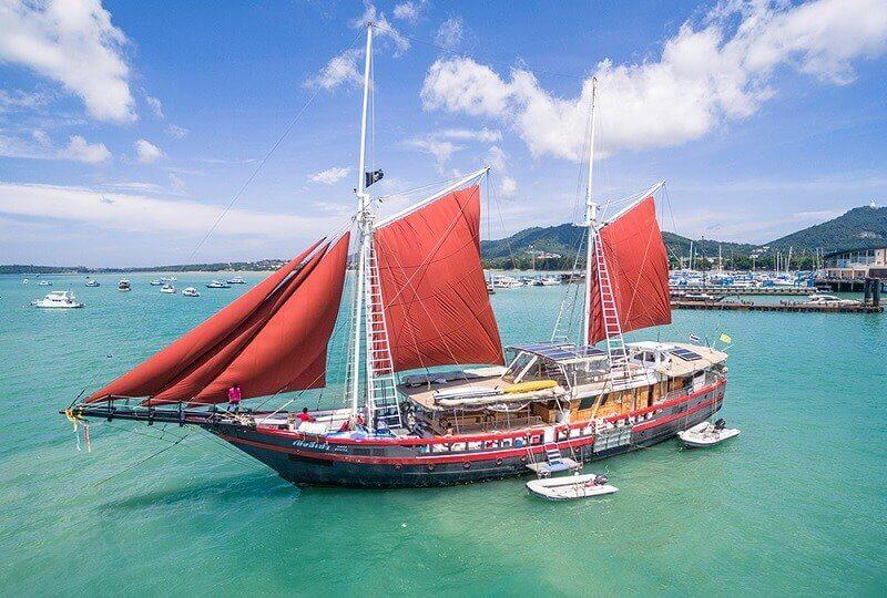 astrosommerso-phinisi-imbarcazione
